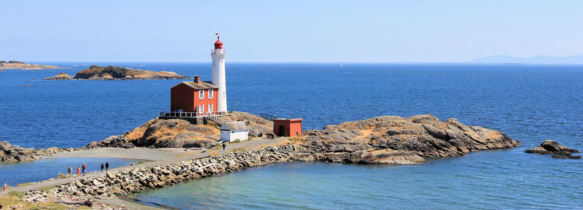 <h4>COMMUNITY & LIFESTYLE</h4><br><h5>Fort Rodd Hill & Fisgard Lighthouse National Historic Sites</h5>