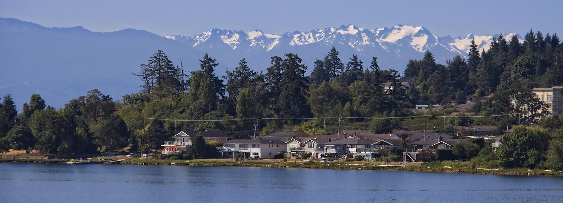 <h4>COMMUNITY & LIFESTYLE</h4><br><h5>Views of the Snow Capped Peaks of the Olympic Mountains from Esquimalt Lagoon</h5>